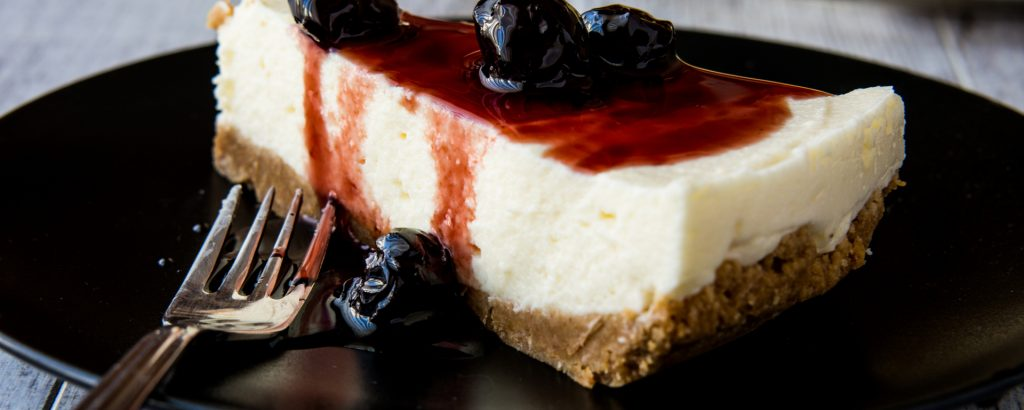 Photo for - No Bake Cherry-Blueberry Cheesecake