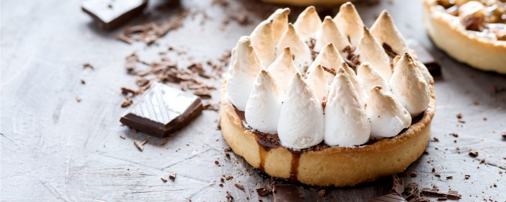Photo for - Salt and Pepper Chocolate Meringue Tart